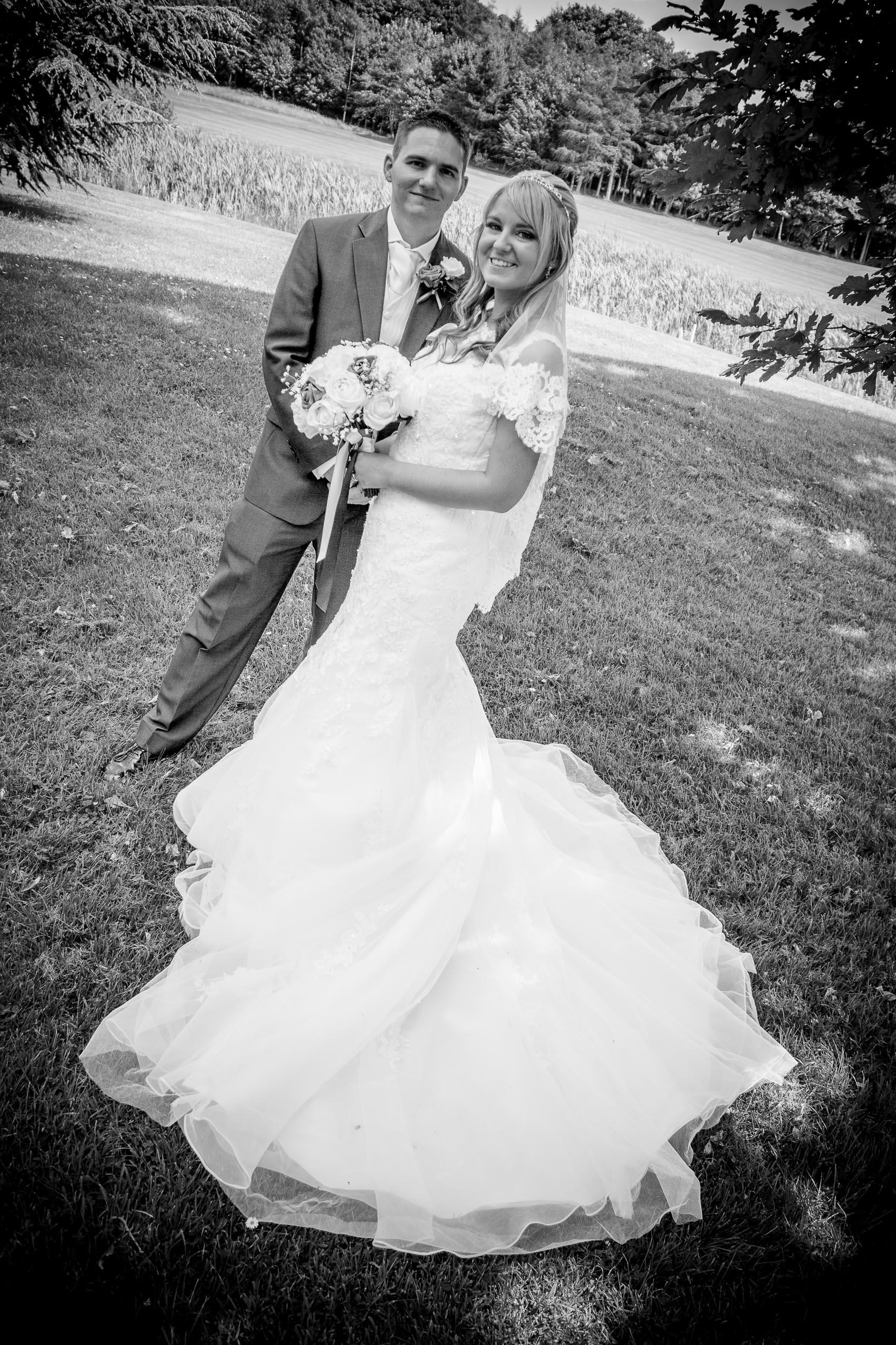 Danielle and craig wedding